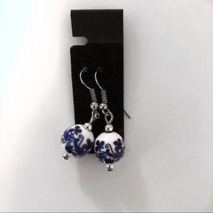 3/$30 ✨ Hand painted earrings